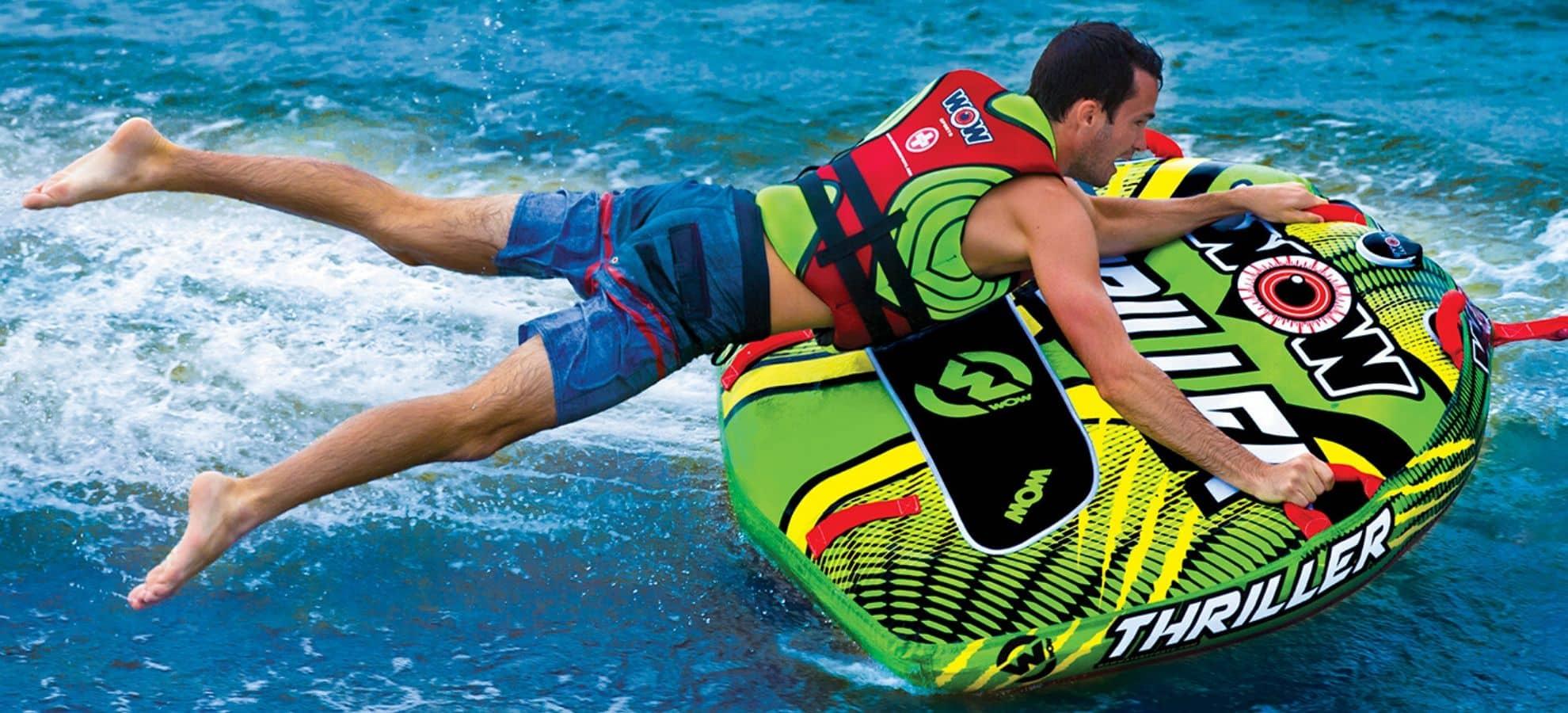 Bóias: a diversão que não pode faltar na água!